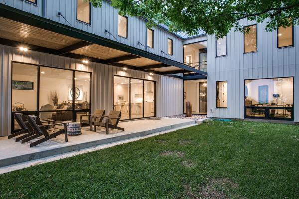 Steel_Awning_Over_Concrete_Porch